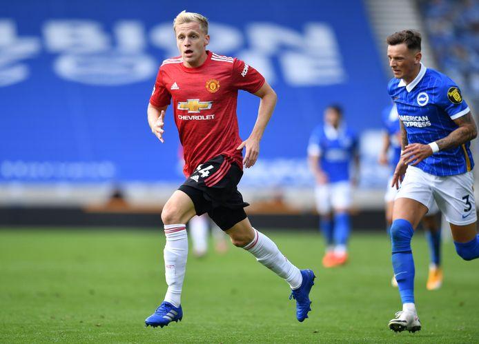 Donny van de Beek viel zaterdag pas in de 90ste minuut in tegen Brighton, maar maakte nog tien gekke minuten mee op het veld.