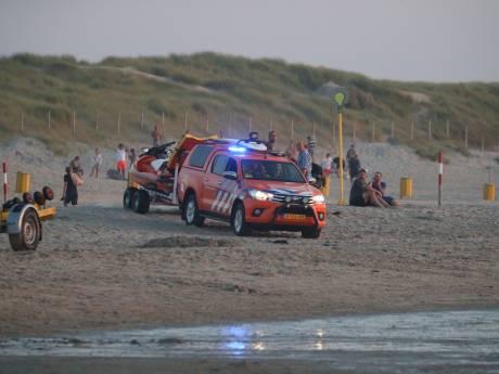 Al uren grootschalige zoekactie naar vermiste zwemmer op strand Ter Heijde