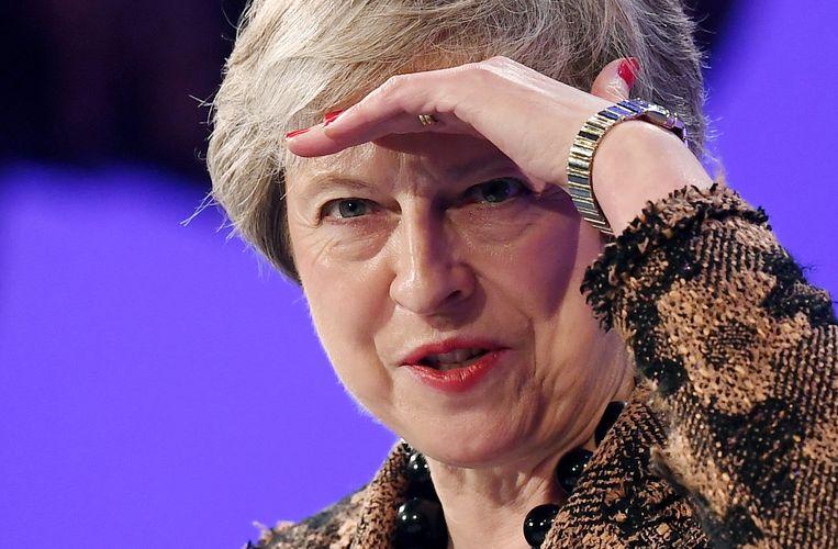 De Britse premier Theresa May bij het jaarlijkse overleg van de Confederation of British Industry (CBI), 19 november 2018. Beeld EPA