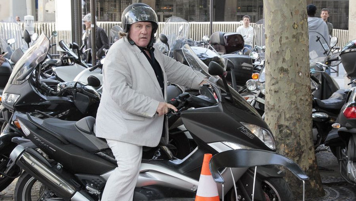 Depardieu en scooter en mai dernier.