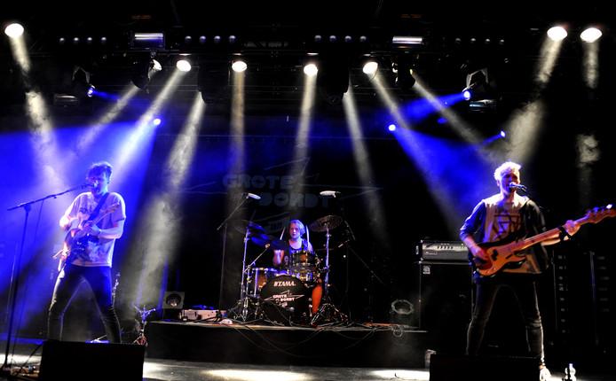 Alternatieve rockband Charades won zaterdag de eerste Grote Prijs van Dordrecht in Bibelot.