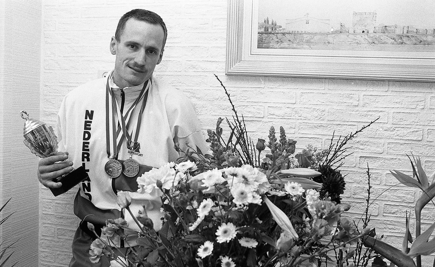 John Cocu als wereldkampioen in 1988.