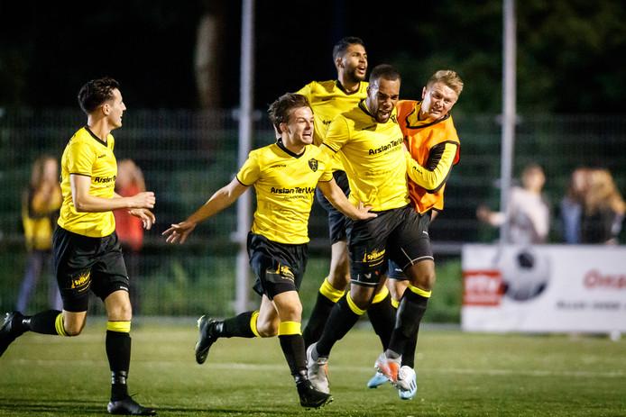 Enthousiasme bij Alcides tijdens de eerste derby tegen MSC (3-0), half september.
