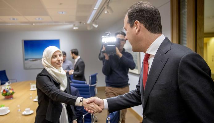 Minister Lodewijk Asscher van Sociale Zaken, minister Stef Blok van Veiligheid en Justitie, Dick Schoof, Nationaal Coördinator Terrorismebestrijding en Veiligheid spreken met vertegenwoordigers van moslimorganisaties over de aanslag op een moskee in Quebec.