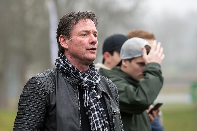 RVW-trainer Peter van den Borden.