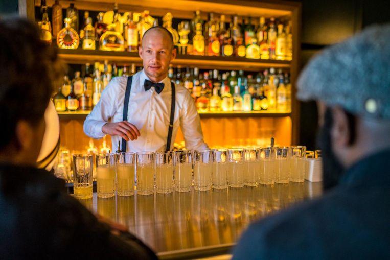 Cocktails drinken tot je er bij neer valt Beeld Amsterdam Cocktail Week
