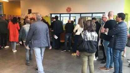 """Verkiezingen in Aalst verlopen vlot: """"Hier en daar wat file, maar geen technische problemen"""""""