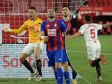 Scorende Ocampos ook als keeper de held van Sevilla