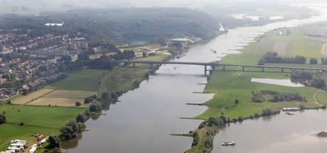 Pont tussen Wageningen en Opheusden vaart langer door