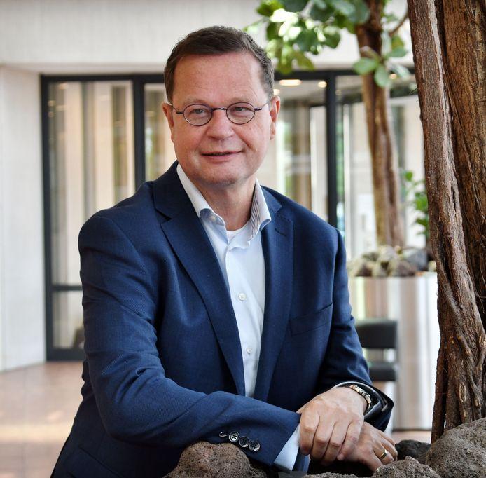 Wethouder Pieter van Zwanenburg wordt onder vuur genomen door de PvdA.