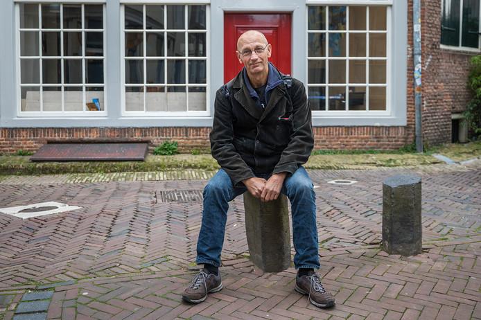Het tweede boek van Wim Eickholt is een aanklacht: Ex-dakloos, en nu...