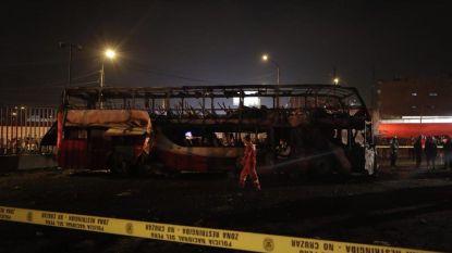 Minstens twintig doden bij busbrand in hoofdstad Peru