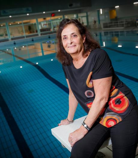 Conny (66) blijft maar zwemrecords verpulveren