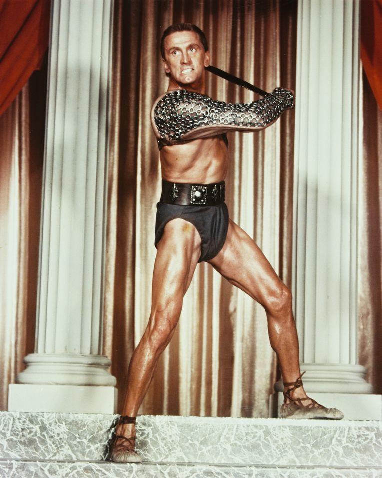 Acteur Kirk Douglas in 'Spartacus', 1960.  Beeld Getty Images