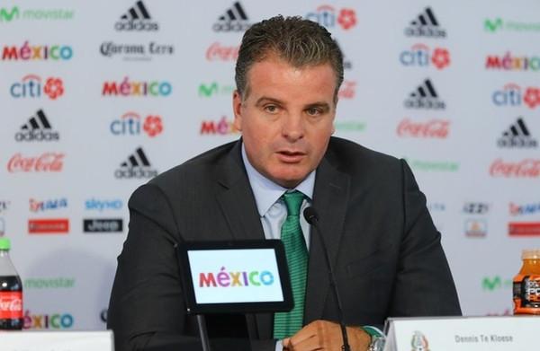 Directeur van de nationale selecties in **Mexico**, voelt zich een 'Mexicaan die in Nederland is geboren'