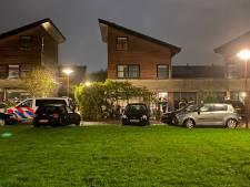 Politie zoekt gevluchte verdachte van schietincident in woning Lelystad