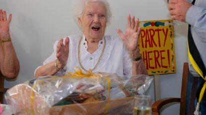 """Kwieke Mathilde is met haar 105 oudste Vilvoordenaar maar vindt verjaren niet meer zo leuk: """"Ik zou liever terug 20 zijn. Dat was veel plezanter"""""""