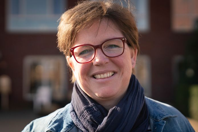 Rina Veldhuysen.