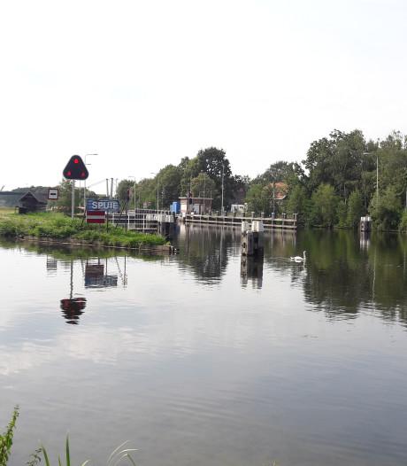 Waterpeil kanaal houdt gemoederen Reeshof bezig