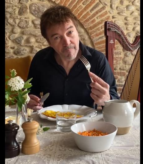"""""""Déjeune avec un chanteur"""": l'idée marrante de Cali confiné"""