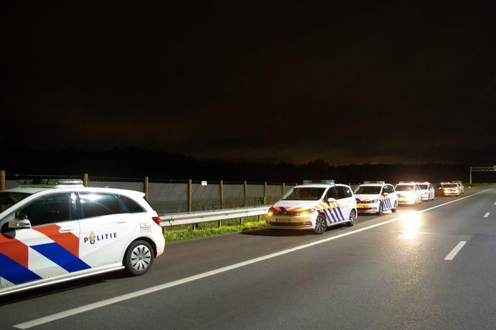 Politieauto's op de A27.