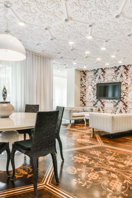 Glimmend paleisje op de Amsterdamse P.C. te koop voor 1.9 miljoen euro