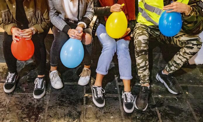 De gemeente Oldenzaal werkt aan een aanpassing van de APV om het gebruik van lachgas tegen te gaan.