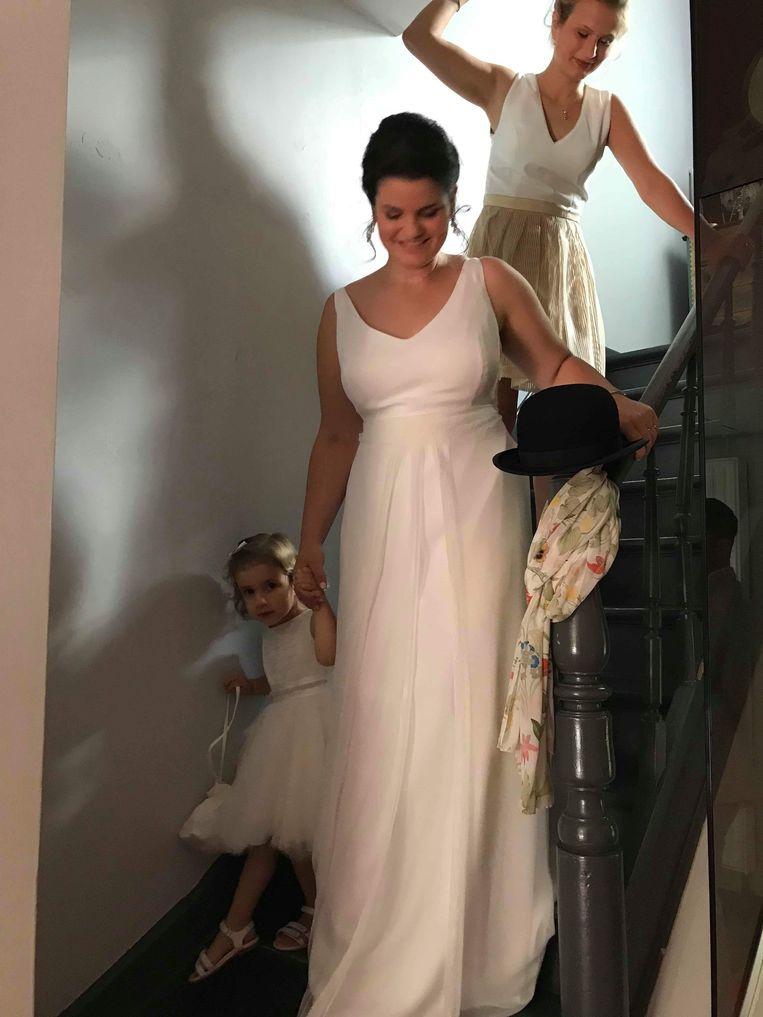 Schepen Lisa Houtman in trouwjurk.