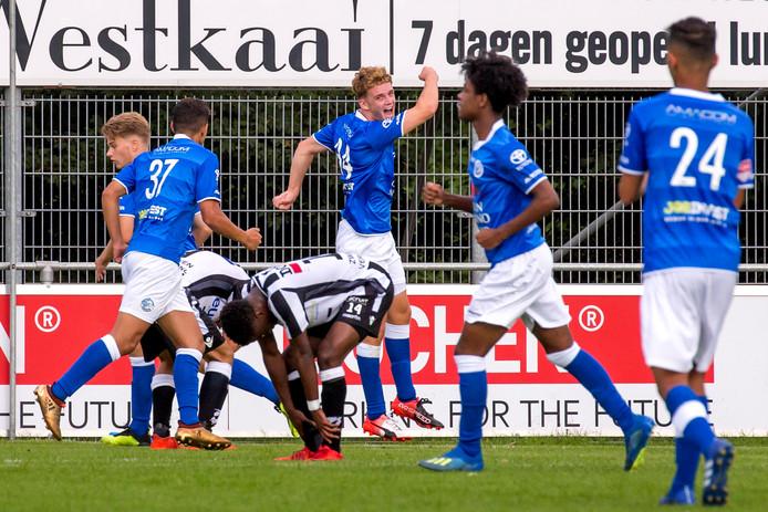 Vlaardingen / Voetbal / Zwaluwen - Jong FC Den Bosch (hoofdklasse)