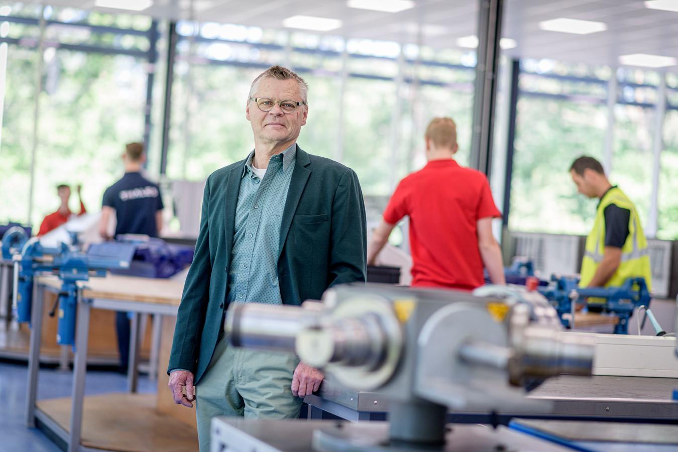 """SMEOT-directeur Rob Swennenhuis: """"Het bedrijfsleven eist dat de waarde van een diploma intact blijft."""""""