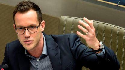 Rob Beenders (sp.a) ruilt politiek wegens gehoorproblemen voor... job bij producent van hoorapparaten