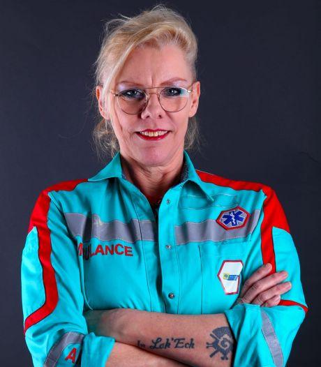 Ambulanceverpleegkundige Hanna (56) na mishandeling: 'Ik probeer jou te helpen, en dan flik je me dit?!'