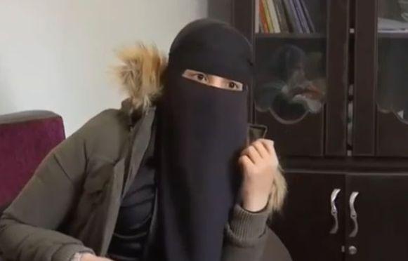 Fatima B. tijdens een interview met Franse zender BFMTV.
