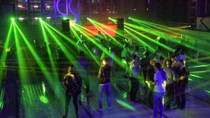 """Magdalenabad twee nachten hipste club van het land, bezorgde buur geeft toe: """"Ik weet niet hoe ze 't gedaan hebben, maar er was amper lawaai"""""""