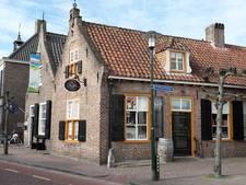 Charlots' Delicatessen in Hilvarenbeek viert 2-jarig bestaan met prijs