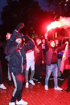 Tientallen aanhoudingen bij grimmig protest in Rotterdam: meerdere agenten gewond geraakt