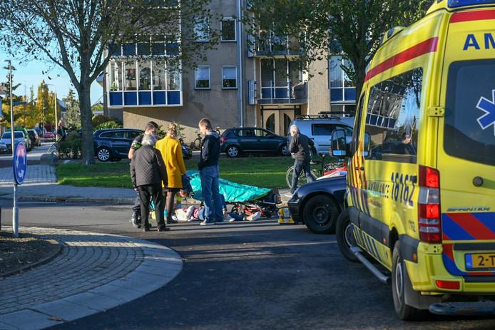 Het ongeluk op de rotonde tussen de Evenaar en de Amerikalaan in Alphen.