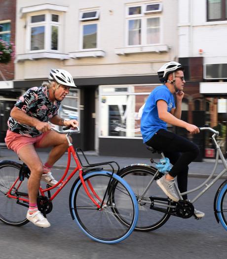 Ongeduldige automobiliste rijdt organisator Ronde van de Korvel aan in Tilburg, organisatie overweegt aangifte
