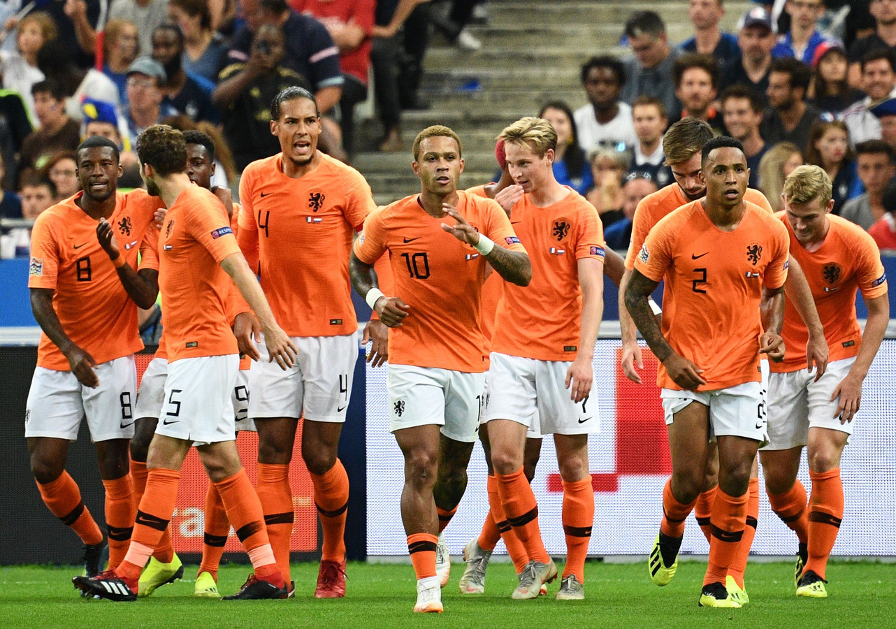 потребовалось картинки сборной голландии установлены периметру машины