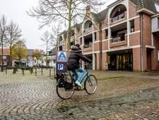 Boterham verdienen valt voor winkelier in Moergestel niet mee, vandaar deze oproep: 'Koop in eigen dorp'