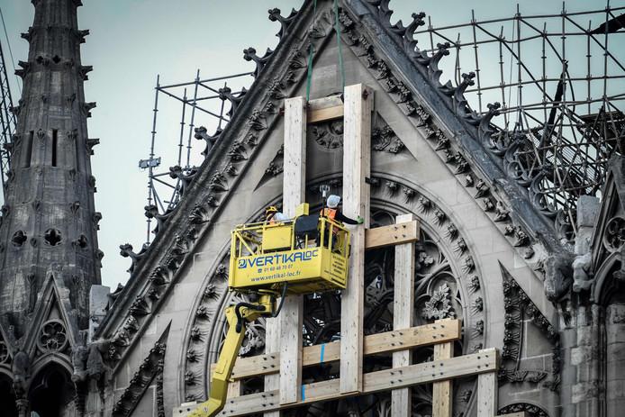 Herstelwerkzaamheden aan de Notre-Dame in Parijs.