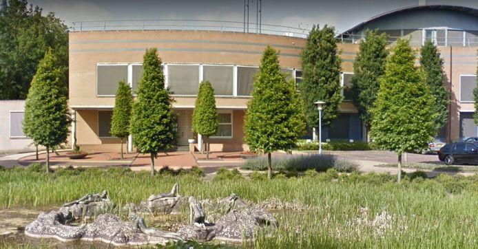 De gemeenteraad van Wierden besloot maandagavond om de begrotingsbehandeling twee weken uit te stellen opdat digitaal kan worden vergaderd.