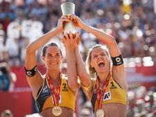 Wereldkampioenen beachvolleybal te sterk voor Sinnema en Stubbe