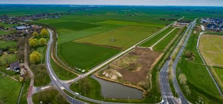 Woonwagens aan veelbesproken grensweg? 'We zijn benieuwd', zegt Zwolle over idee van buurman Kampen