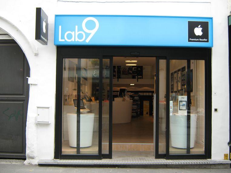 De diefstallen werden telkens gepleegd in vestigingen van Lab9.
