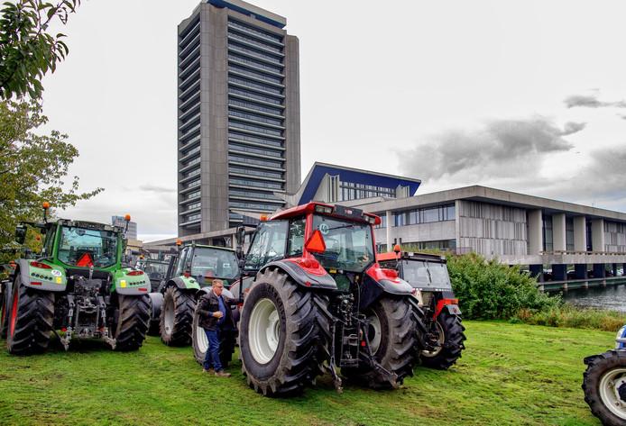 Boeren bij het Brabantse provinciehuis, afgelopen vrijdag.
