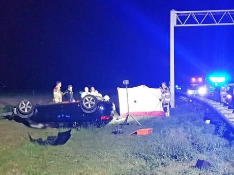 19-jarige vrouw uit Deventer omgekomen bij ernstig ongeluk op A28 bij Staphorst