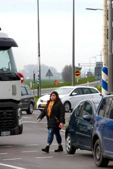 SGP boos: 'levensgevaarlijke' bushalte bij Meerkerk voorlopig niet aangepakt