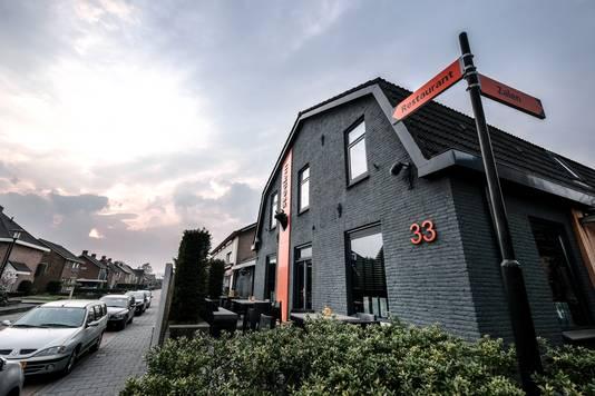 JV 12042018 Nieuw Dijk Steak em restaurant voor Over de Tong / Foto : Jan Ruland van den Brink