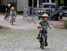 Kennismaken met wielrennen tijdens dikkebandenrace in Zuiddorpe